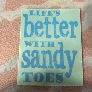 🏖 Sandy Toes Sign🏝